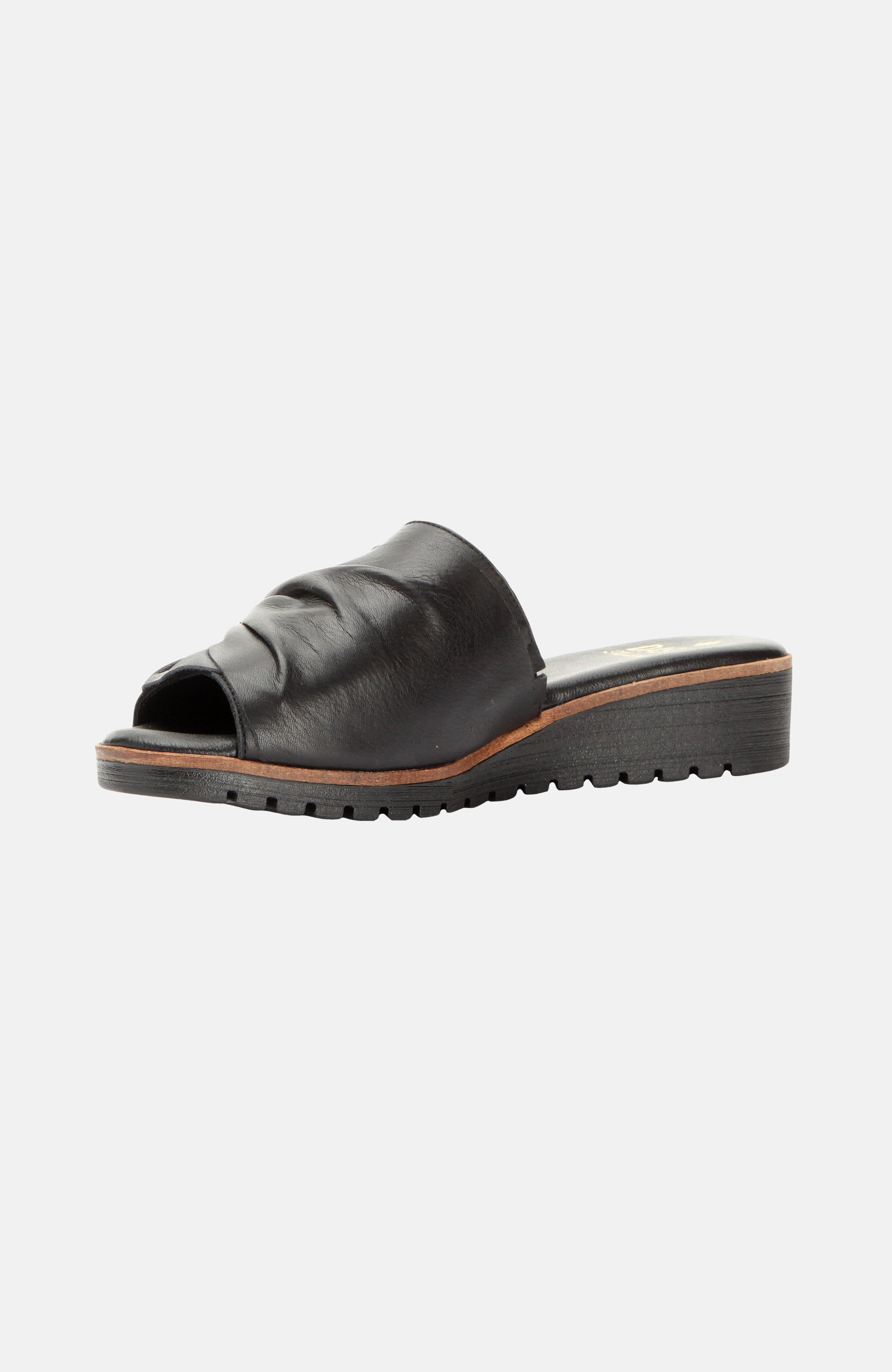 Sandały skórzane Bluebell Bow Black