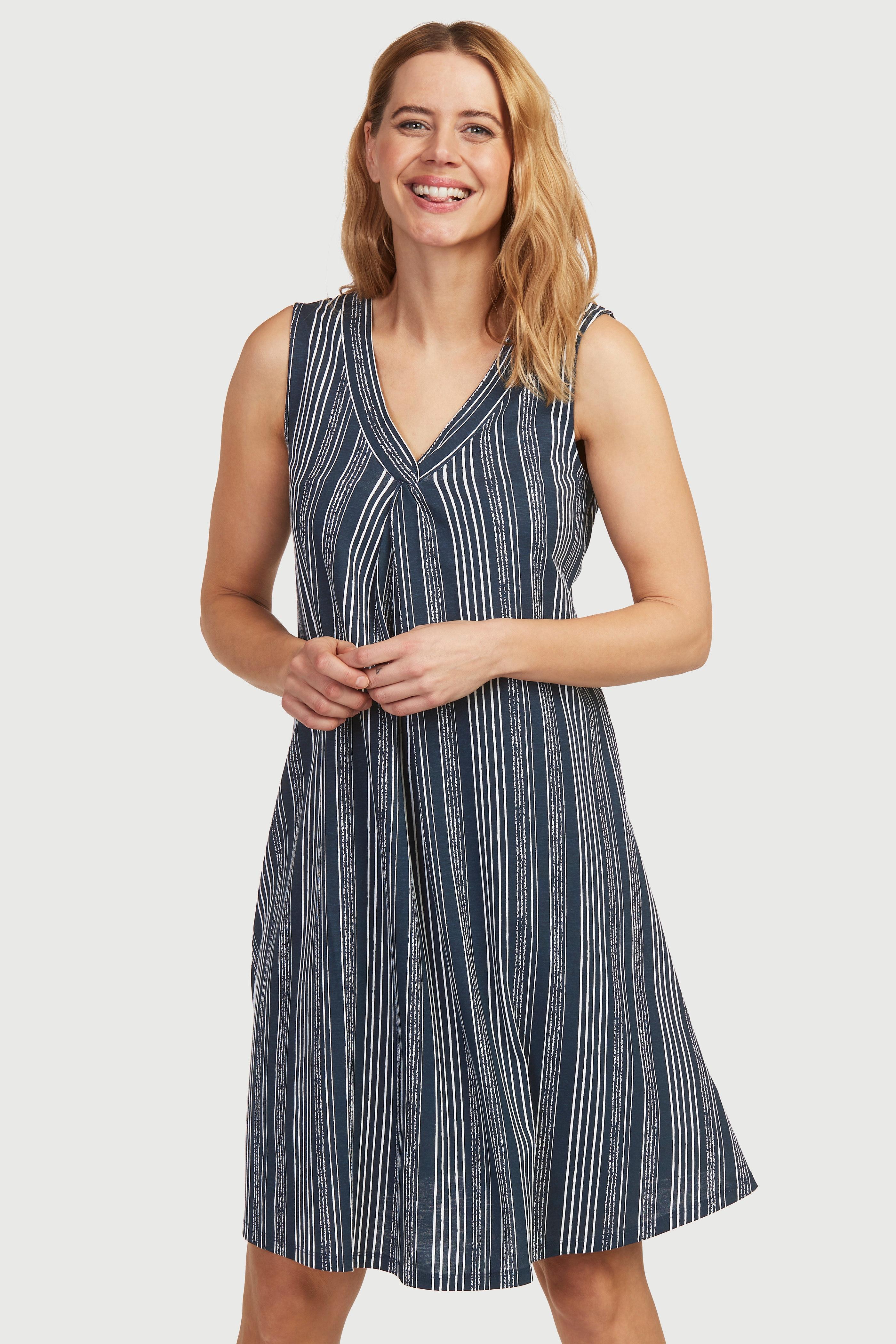 Wzorzysta, rozszerzana sukienka zdżerseju