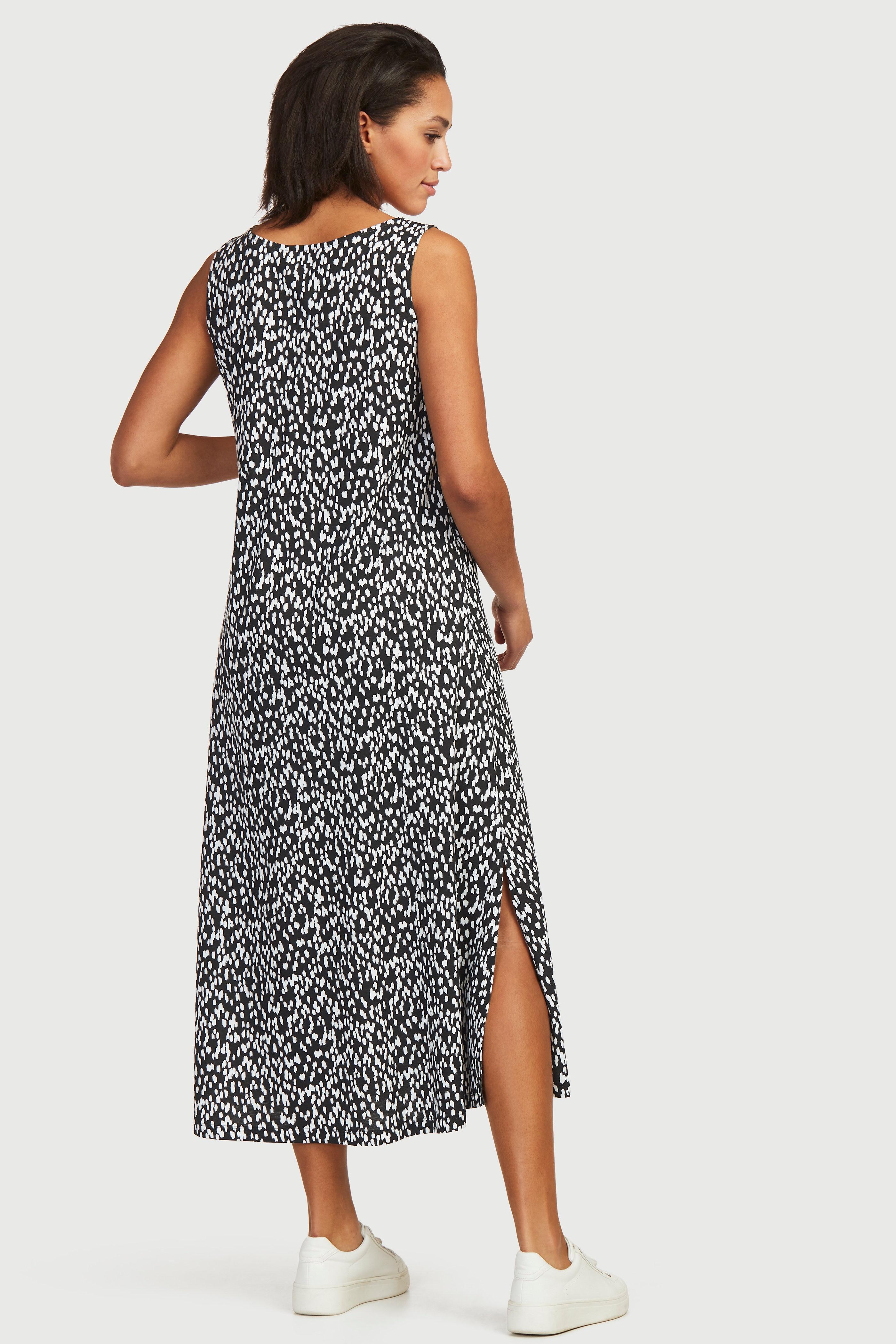 Długa sukienka dżersejowa we wzory