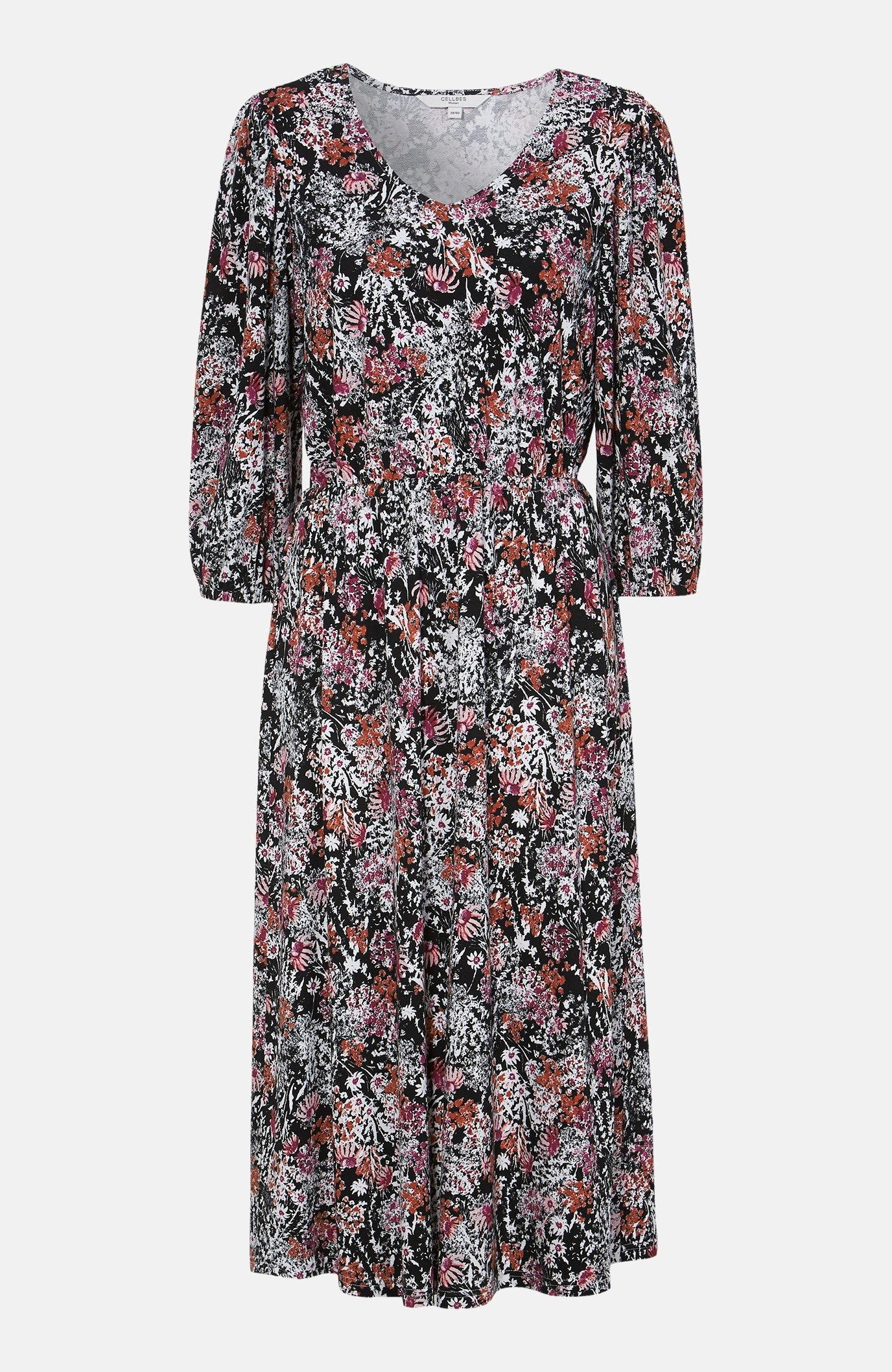 Długa sukienka dzianinowa