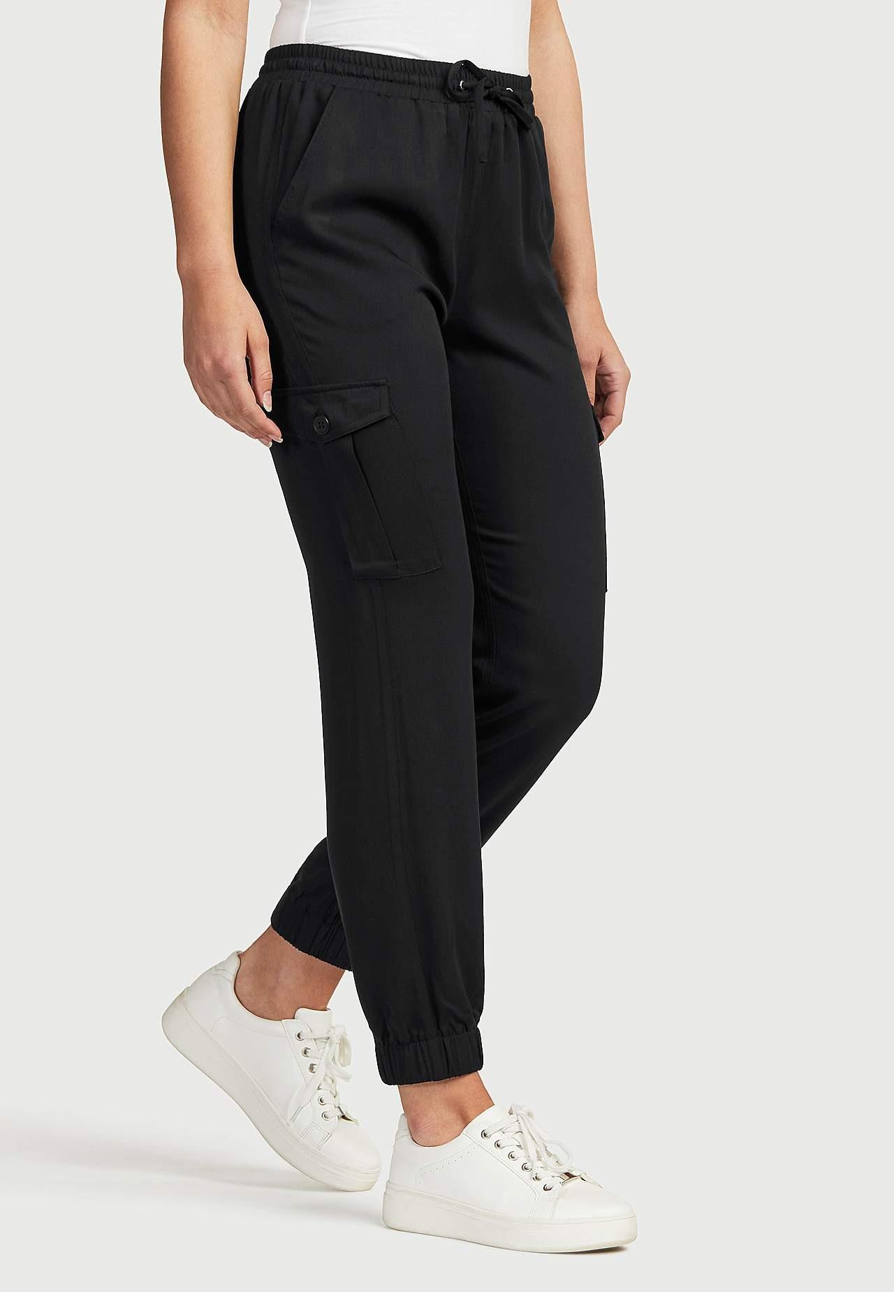 Swobodne spodnie cargo z wiskozy
