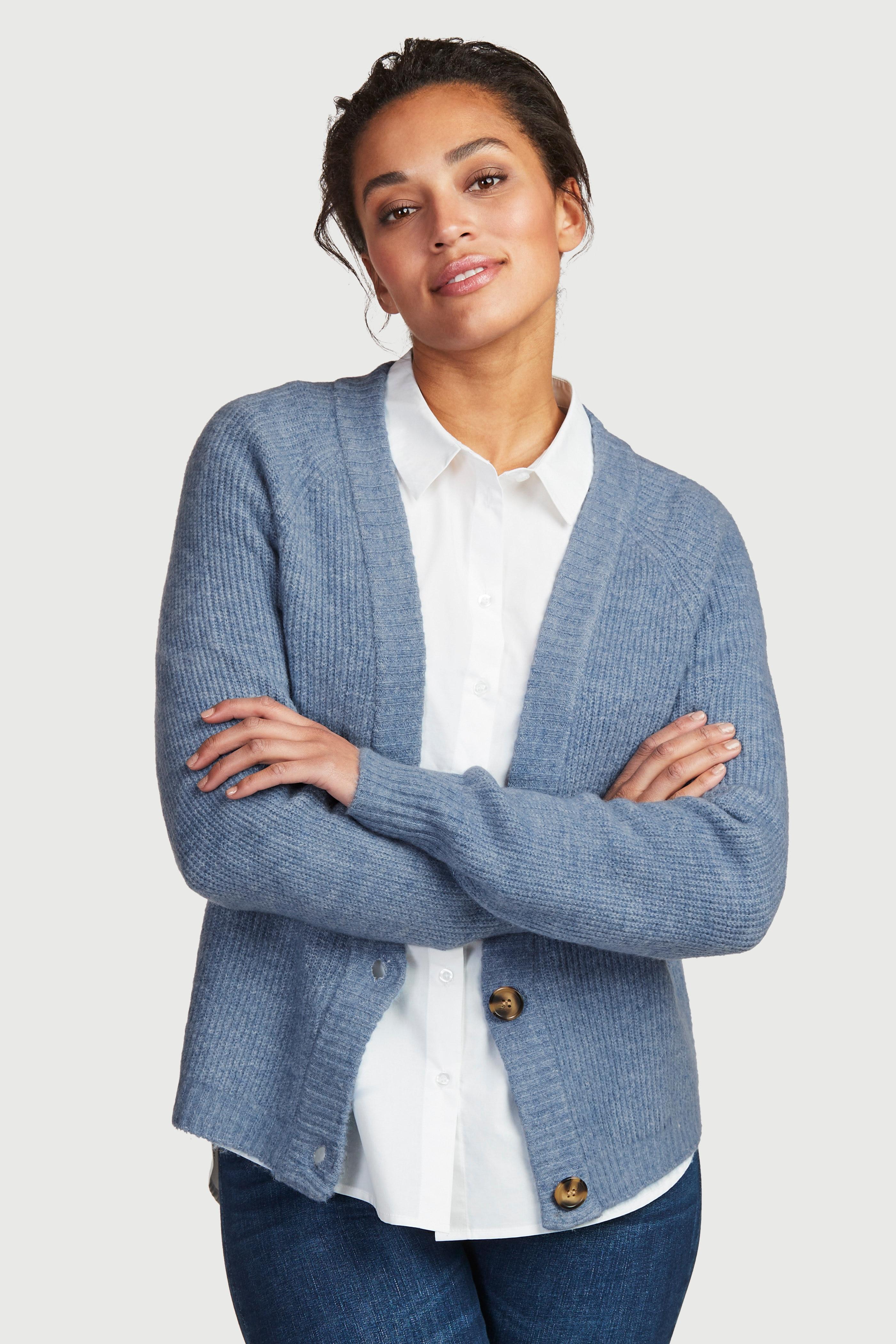 Krótki rozpinany sweter z guzikami