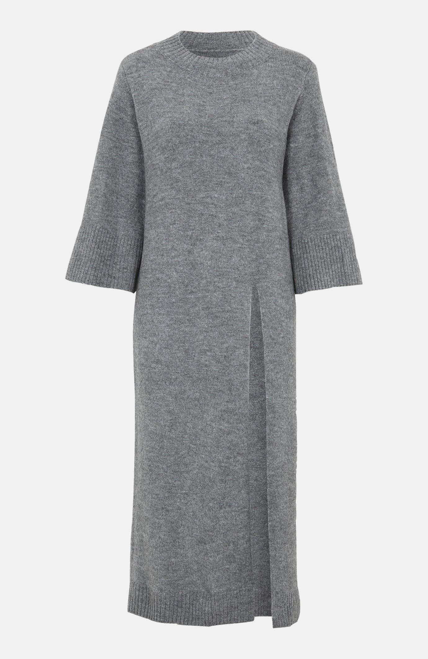 Sukienka dzianinowa z wysokim rozcięciem