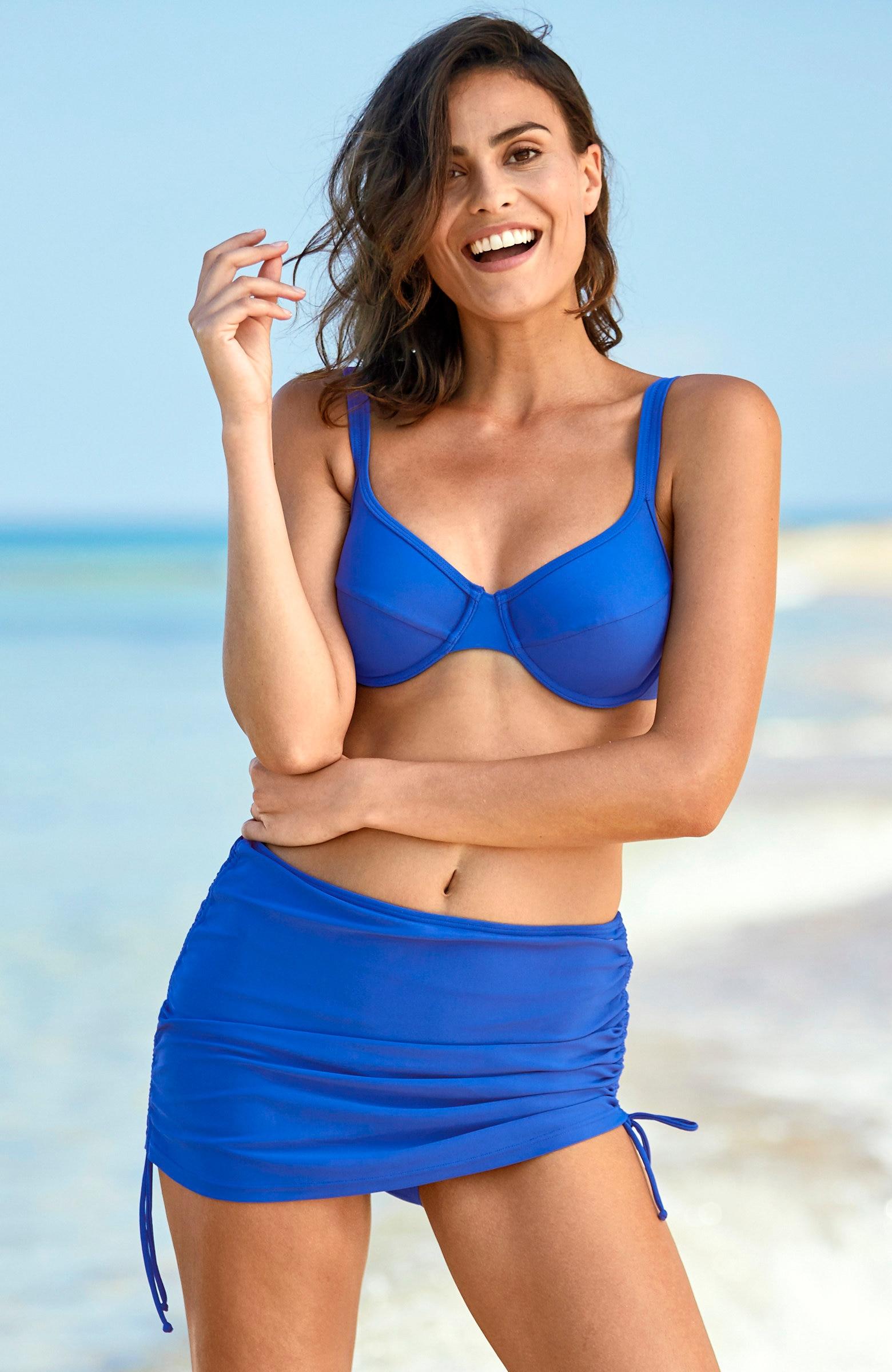 Spódniczka bikini zwszytymi majtkami