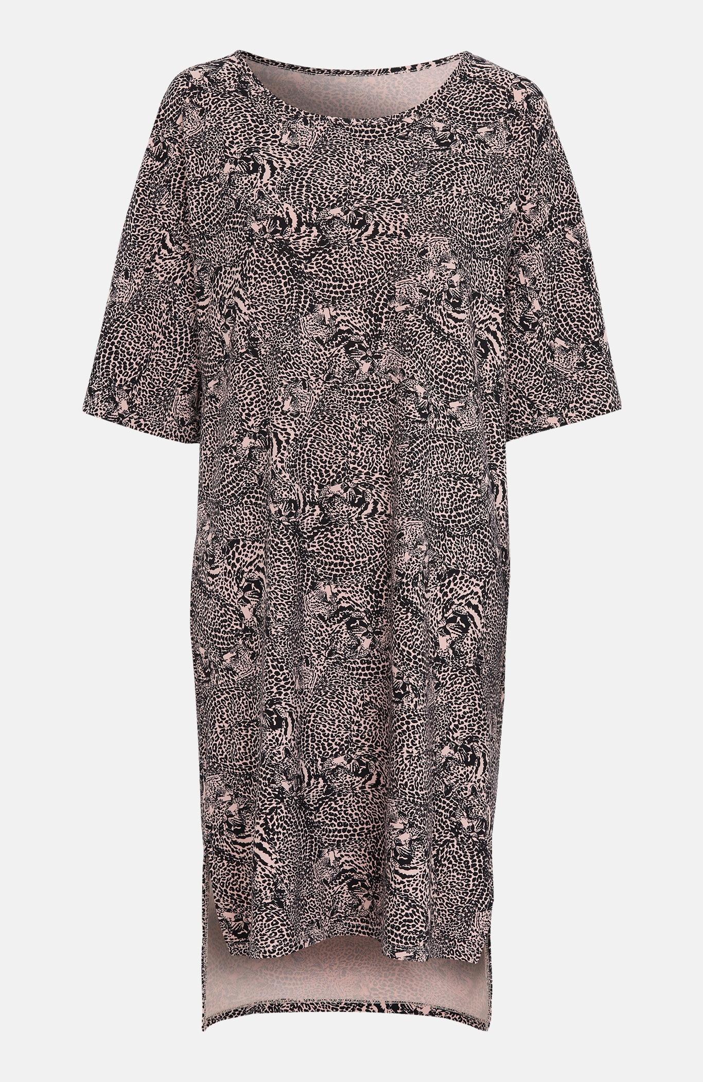 Sukienka we wzory zwierzęce