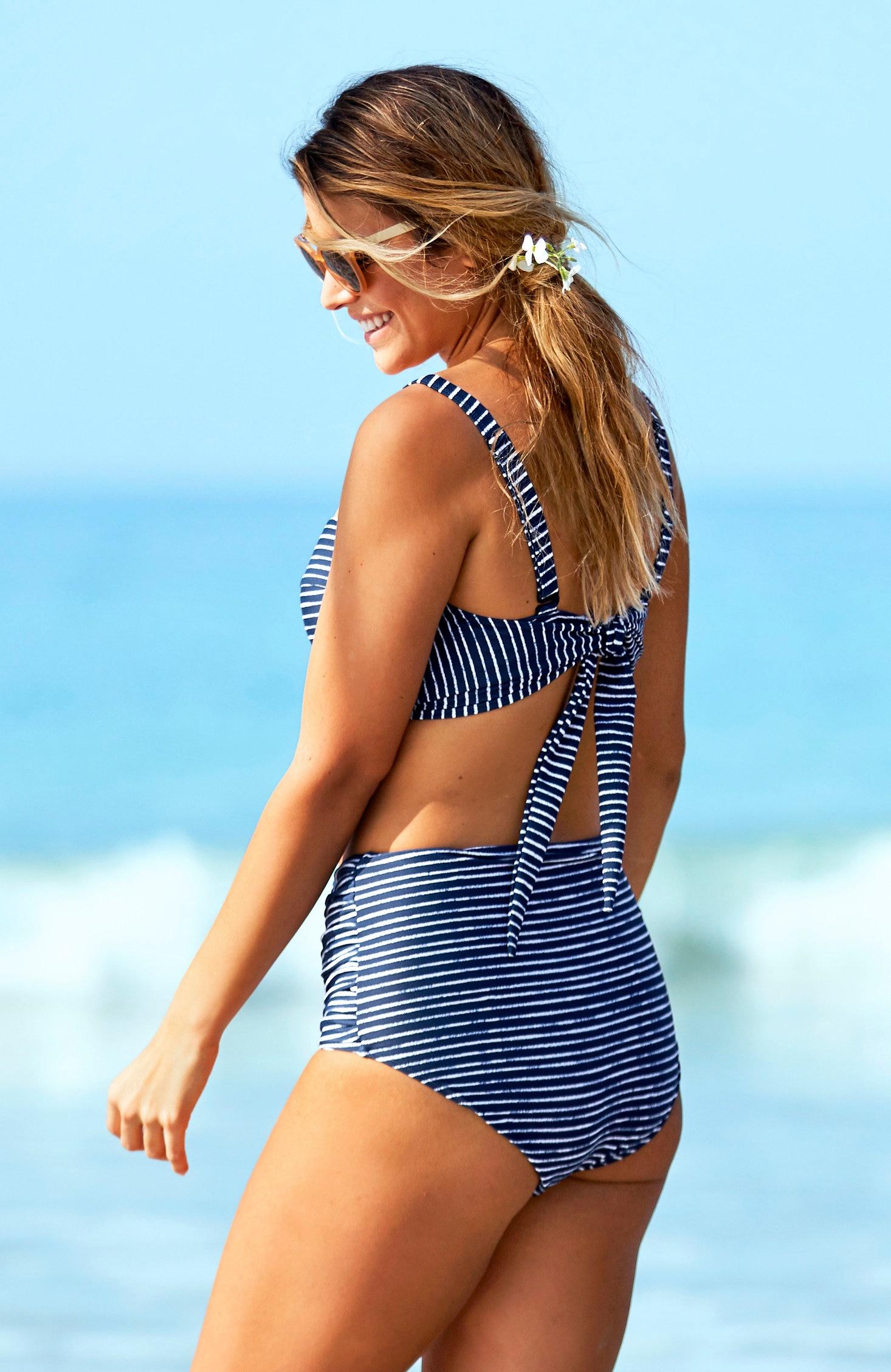 Biustonosz od bikini wpaski