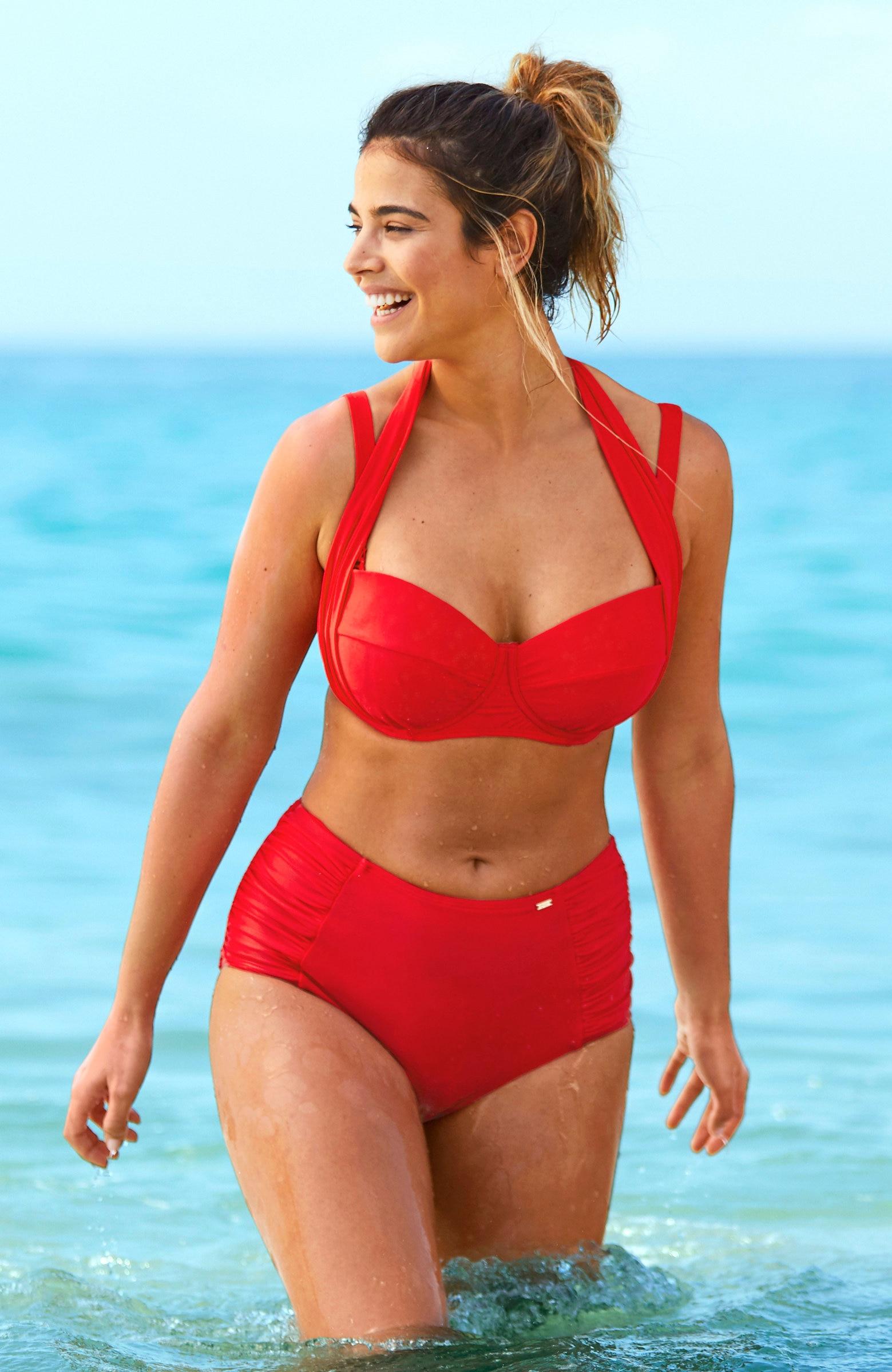 Czerwone wysokie majtki od bikini