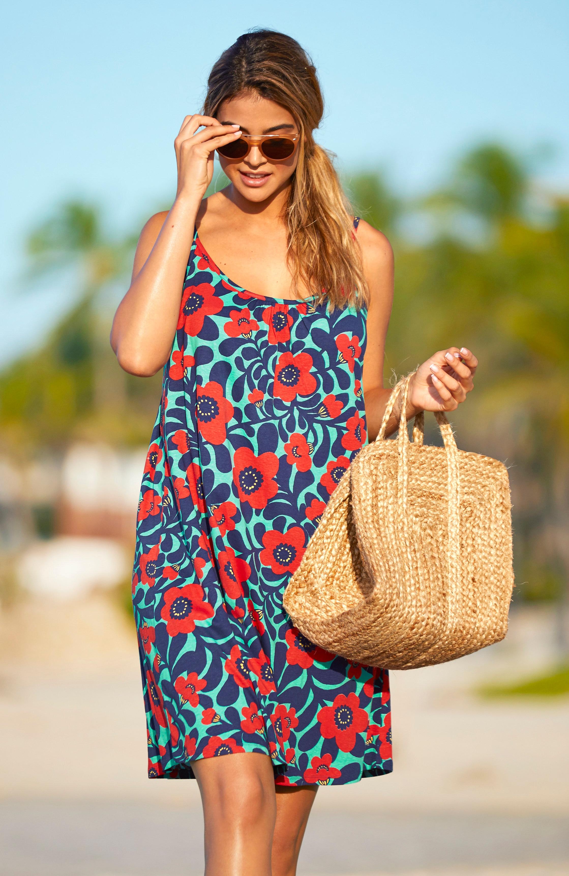 Sukienka plażowa wkwiaty